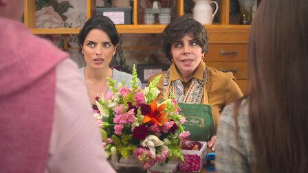 Watch TULIP (symb. hope). Episode 9 of Season 1.