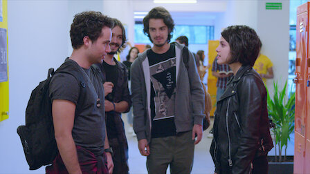 Watch Idiots. Episode 3 of Season 1.