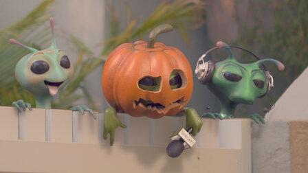 Watch BBQ/Office/Halloween. Episode 4 of Season 1.
